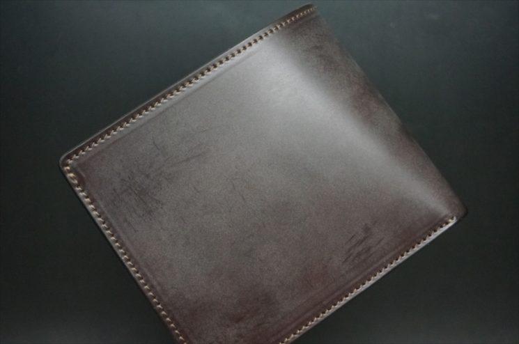 新喜皮革社製顔料仕上げ蝋引き加工コードバンのダークブラウン色の二つ折り財布-1-1