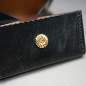 メトロポリタン社製ブライドルレザーのベンズ部位のブラック色の小銭入れ(ゴールド色)-1-10