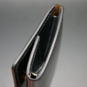 メトロポリタン社製ブライドルレザーのベンズ部位のブラック色の小銭入れ(ゴールド色)-1-5