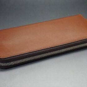 セドウィック社製ブライドルレザーのヘーゼルブラウン色のラウンドファスナー長財布(シルバー色)-1-6