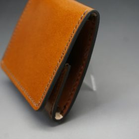 レーデルオガワ社製染料仕上げコードバンのキャメル色の小銭入れ(ゴールド色)-1-3