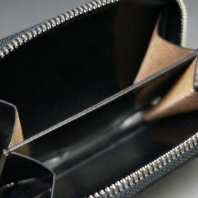 ホーウィン社製シェルコードバンのブラック色のラウンドファスナー小銭入れ(シルバー色)-1-12