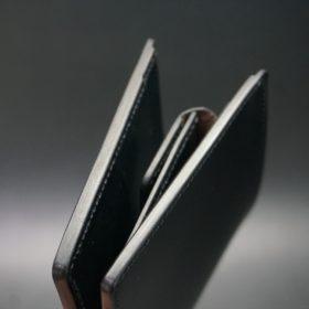 レーデルオガワ社製染料仕上げコードバンのブラック色の二つ折り財布(ゴールド色)-1-3