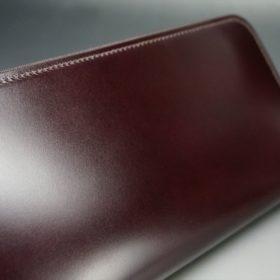 レーデルオガワ社製染料仕上げコードバンのバーガンディ色のラウンドファスナー長財布(シルバー色)-1-3