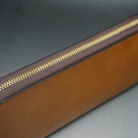 レーデルオガワ社製染料仕上げコードバンのキャメル色のラウンドファスナー長財布(ゴールド色)-1-4