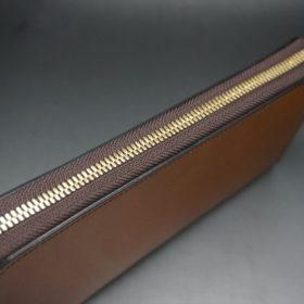 レーデルオガワ社製染料仕上げコードバンのキャメル色のラウンドファスナー長財布(ゴールド色)-2-4