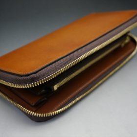 レーデルオガワ社製染料仕上げコードバンのキャメル色のラウンドファスナー長財布(ゴールド色)-2-5
