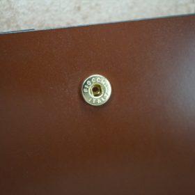 レーデルオガワ社製染料仕上げコードバンのキャメル色の二つ折り財布(ゴールド色)-1-9