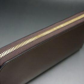 レーデルオガワ社製染料仕上げコードバンのコーヒーブラウン色のラウンドファスナー長財布(ゴールド色)-1-3