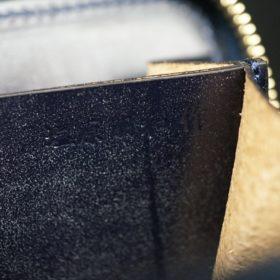 レーデルオガワ社製染料仕上げコードバンのネイビー色のラウンドファスナー小銭入れ(ゴールド色)-1-11