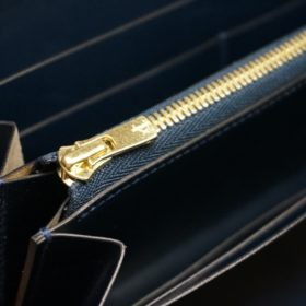 レーデルオガワ社製染料仕上げコードバンのネイビー色のラウンドファスナー長財布(ゴールド色)-1-9