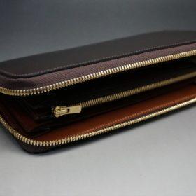 レーデルオガワ社製オイルコードバンのバーガンディ色のラウンドファスナー長財布(ゴールド色)-1-6