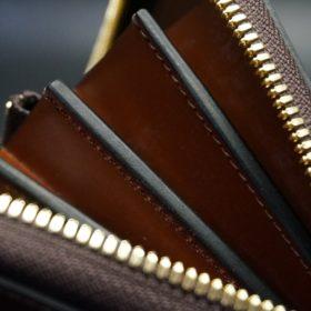 レーデルオガワ社製オイルコードバンのバーガンディ色のラウンドファスナー長財布(ゴールド色)-1-7