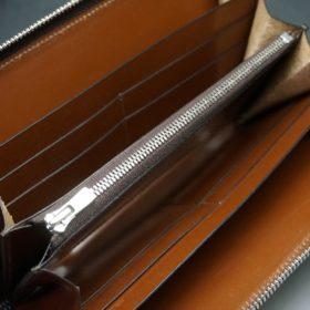 レーデルオガワ社製オイルコードバンのコーヒーブラウン色のラウンドファスナー長財布(シルバー色)-1-10