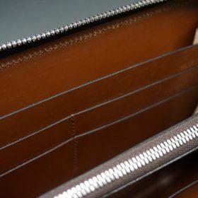 レーデルオガワ社製オイルコードバンのコーヒーブラウン色のラウンドファスナー長財布(シルバー色)-1-13