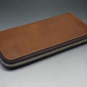 レーデルオガワ社製オイルコードバンのコーヒーブラウン色のラウンドファスナー長財布(シルバー色)-1-7