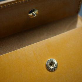 レーデルオガワ社製オイル仕上げコードバンのコーヒーブラウン色の二つ折り財布(ゴールド色)-1-9