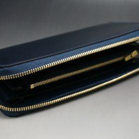 レーデルオガワ社製オイルコードバンのネイビー色のラウンドファスナー長財布(ゴールド色)-2-5
