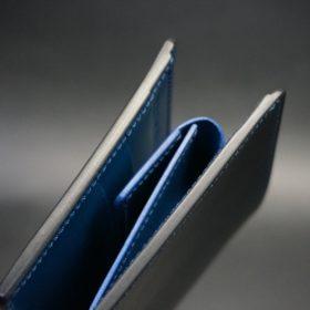レーデルオガワ社製オイル仕上げコードバンのネイビー色の二つ折り財布(ゴールド色)-2-3