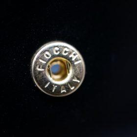 新喜皮革社製オイルコードバンのブラック色の小銭入れ(ゴールド色)-2-9