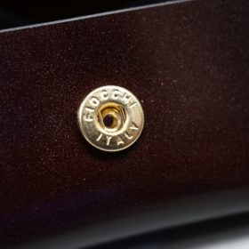新喜皮革社製オイルコードバンのバーガンディ色の小銭入れ(ゴールド)-2-10