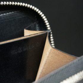 ロカド社製オイルコードバンのブラック色のラウンドファスナー小銭入れ(シルバー色)-1-10