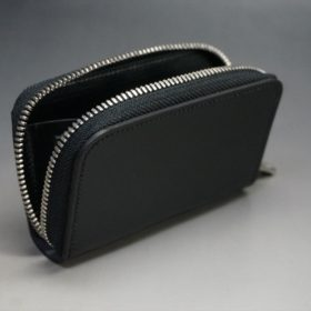 ロカド社製オイルコードバンのブラック色のラウンドファスナー小銭入れ(シルバー色)-1-7