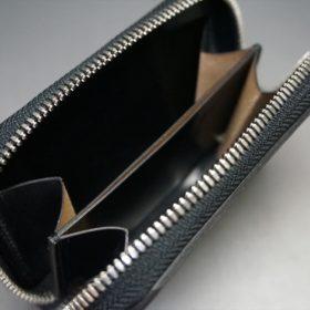 ロカド社製オイルコードバンのブラック色のラウンドファスナー小銭入れ(シルバー色)-1-8