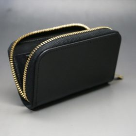新喜皮革社製オイルコードバンのブラック色のラウンドファスナー小銭入れ(ゴールド色)-1-7