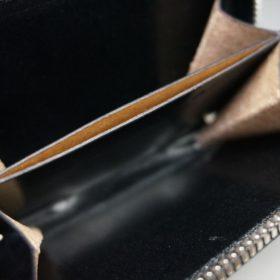 新喜皮革社製オイルコードバンのブラック色のラウンドファスナー小銭入れ(シルバー色)-1-9