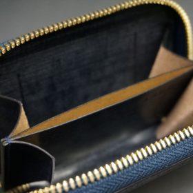 ホーウィン社製シェルコードバンのネイビー色のラウンドファスナー小銭入れ(ゴールド色)-1-12