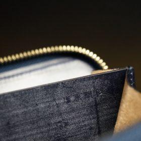 ホーウィン社製シェルコードバンのネイビー色のラウンドファスナー小銭入れ(ゴールド色)-1-13
