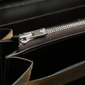 ホーウィン社製シェルコードバンのバーガンディ色のラウンドファスナー長財布(シルバー色)-1-12