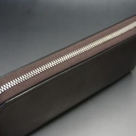 ホーウィン社製シェルコードバンのバーガンディ色のラウンドファスナー長財布(シルバー色)-1-4