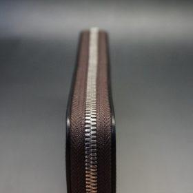ホーウィン社製シェルコードバンのバーガンディ色のラウンドファスナー長財布(シルバー色)-1-5