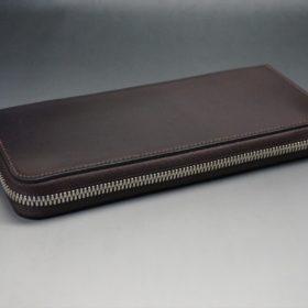 ホーウィン社製シェルコードバンのバーガンディ色のラウンドファスナー長財布(シルバー色)-1-6