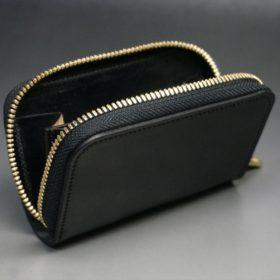 ホーウィン社製シェルコードバンのブラック色のラウンドファスナー小銭入れ(ゴールド色)-1-10