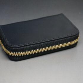 ホーウィン社製シェルコードバンのブラック色のラウンドファスナー小銭入れ(ゴールド色)-1-6