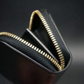 ホーウィン社製シェルコードバンのブラック色のラウンドファスナー小銭入れ(ゴールド色)-1-9
