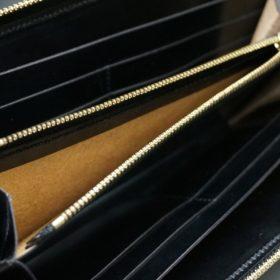 ホーウィン社製シェルコードバンのブラック色のラウンドファスナー長財布(ゴールド色)-1-13