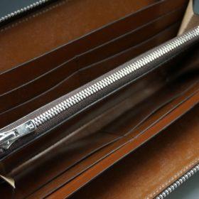 ホーウィン社製シェルコードバンのバーボン色のラウンドファスナー長財布(シルバー色)-3-11