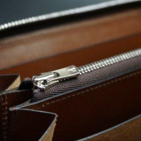 ホーウィン社製シェルコードバンのバーボン色のラウンドファスナー長財布(シルバー色)-3-12