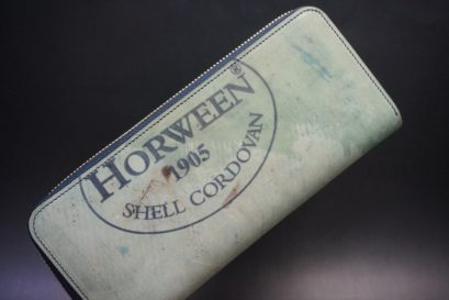 ホーウィン社製シェルコードバンのスタンプ面(ネイビー)のラウンドファスナー長財布(ゴールド色)-1-1