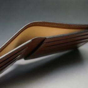 レーデルオガワ社製染料仕上げコードバンのコーヒーブラウン色の二つ折り財布(小銭入れなし)-1-5