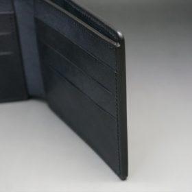 レーデルオガワ社製オイル仕上げコードバンのブラック色の二つ折り財布(小銭入れなし)-1-11