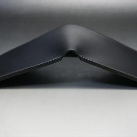 レーデルオガワ社製オイル仕上げコードバンのブラック色の二つ折り財布(小銭入れなし)-1-3