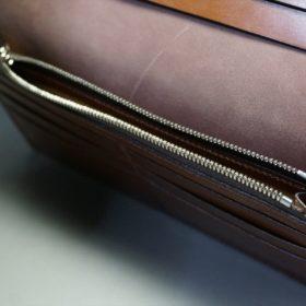 レーデルオガワ社製オイル仕上げコードバンのバーガンディ色の長財布(シルバー色)-2-11