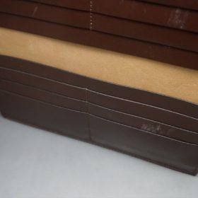 レーデルオガワ社製オイル仕上げコードバンのコーヒーブラウン色の長財布(小銭入れなしタイプ)-1-7