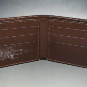 レーデルオガワ社製オイル仕上げコードバンのコーヒーブラウン色の二つ折り財布(小銭入れなし)-1-6