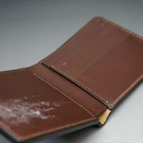レーデルオガワ社製オイル仕上げコードバンのコーヒーブラウン色の二つ折り財布(小銭入れなし)-1-9